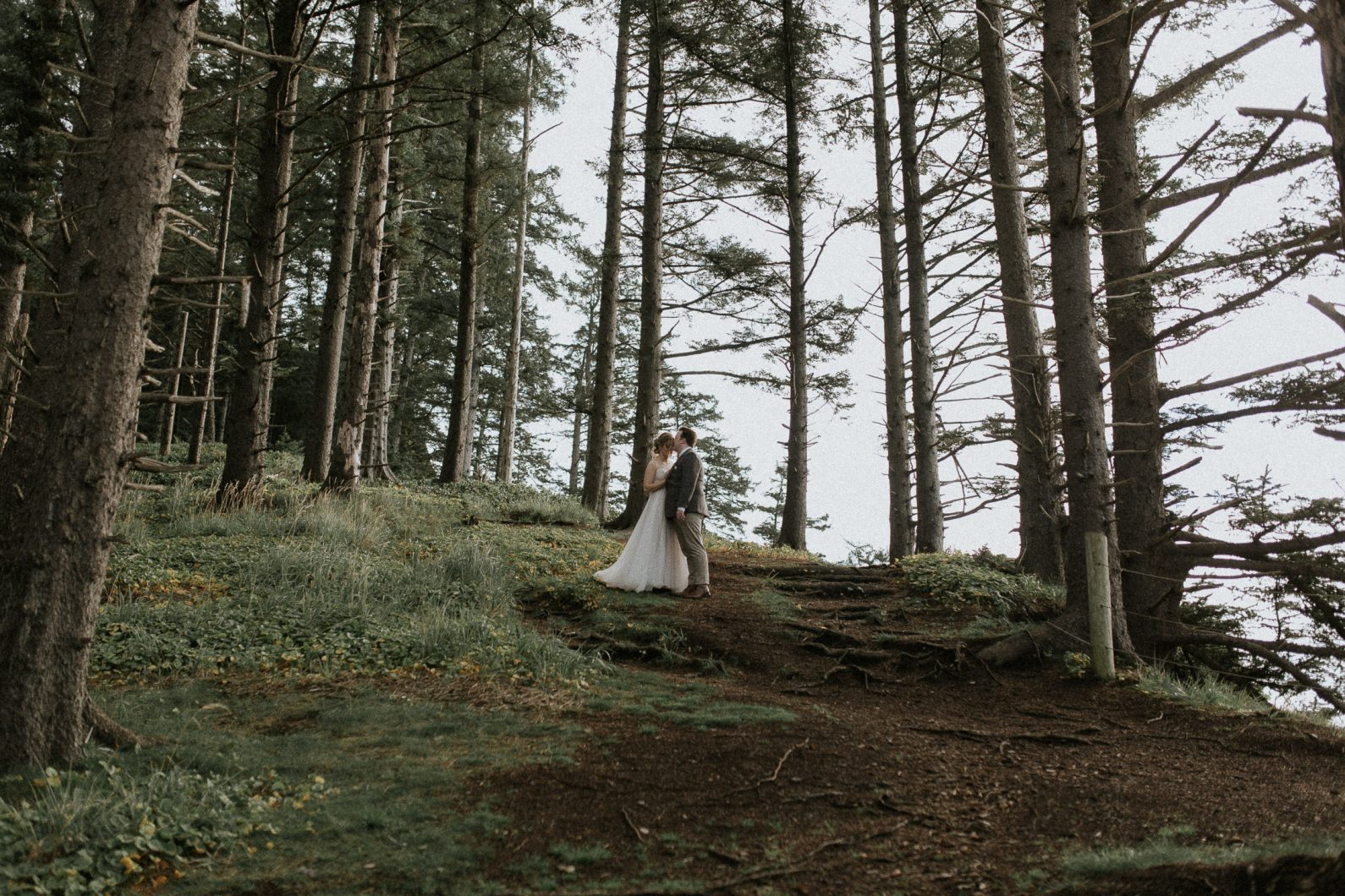 oregon-elopement-photographer