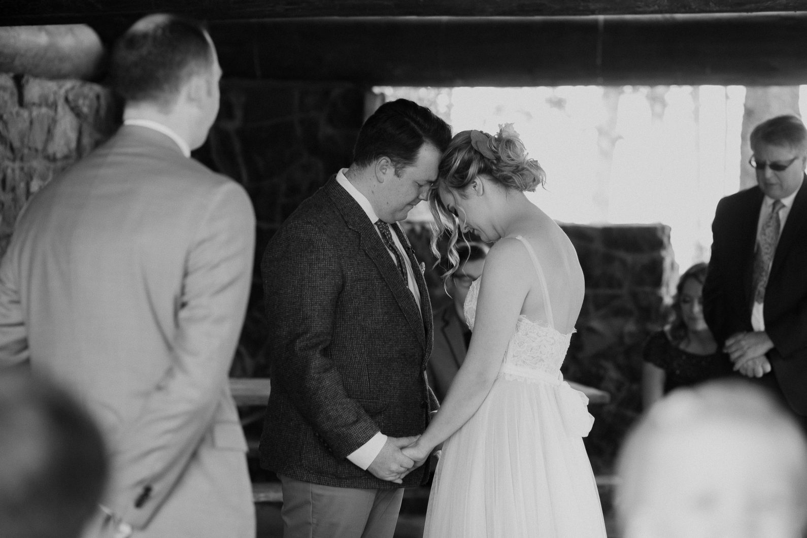 intimate-wedding-photographer-44