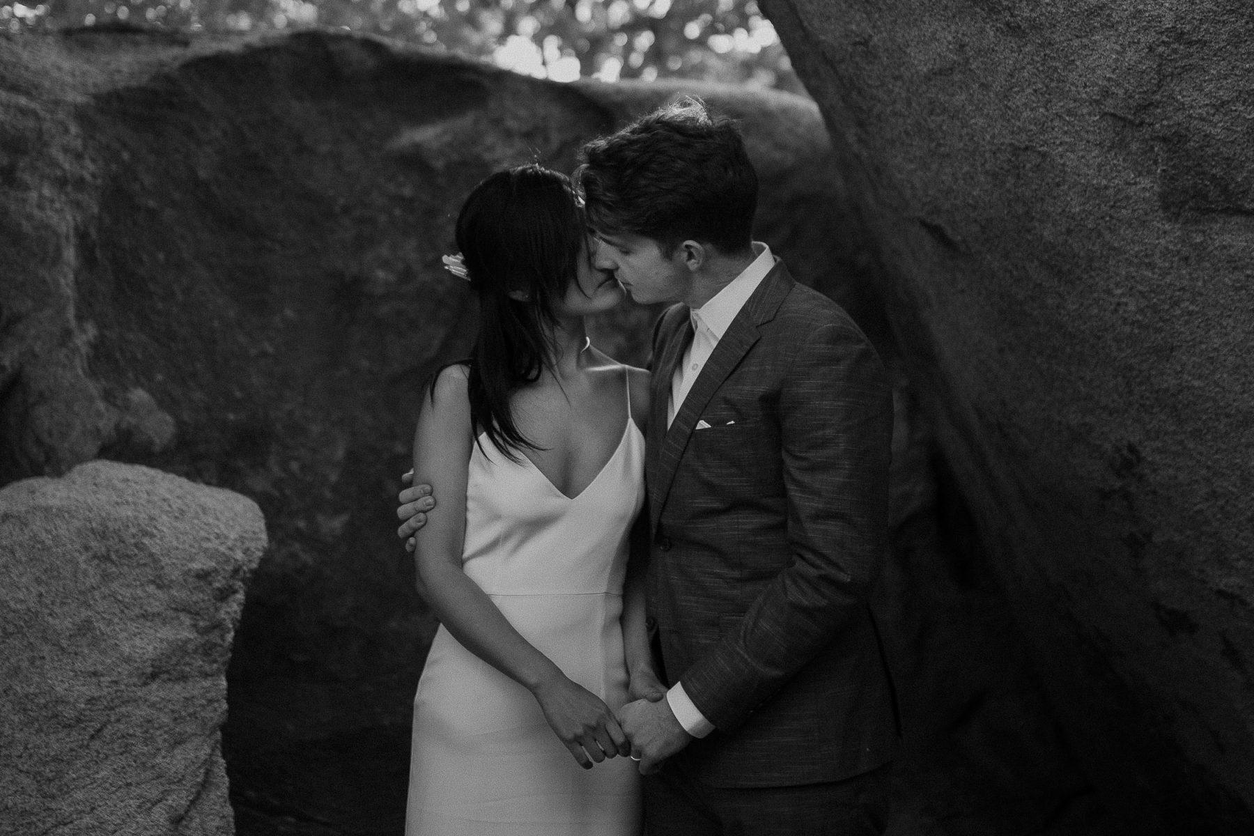intimate-wedding-photographer-80